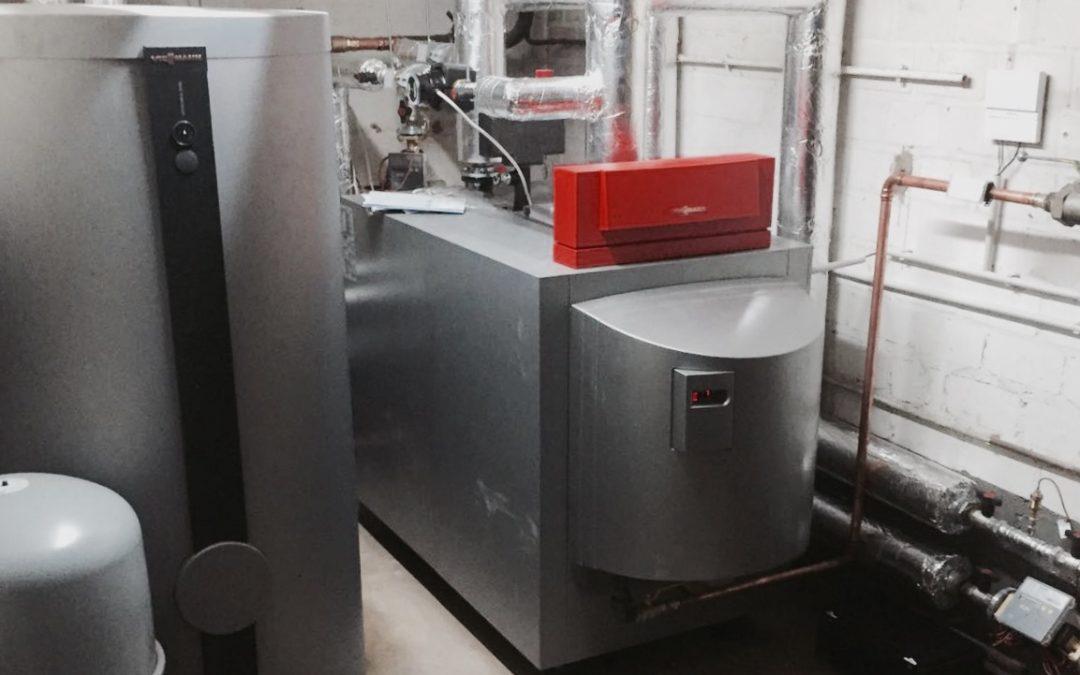 Viessmann Gas-Brennwert-Kessel 100KW inkl. Edelstahl Warmwasserspeicher