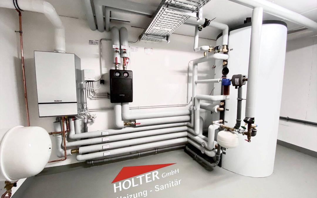 Heizzentrale Gas-Brennwert + Wärmepumpe im MFH